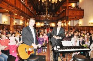 Heategevuskontsert 12.detsember 2013.a. Põltsamaa Niguliste kirikus